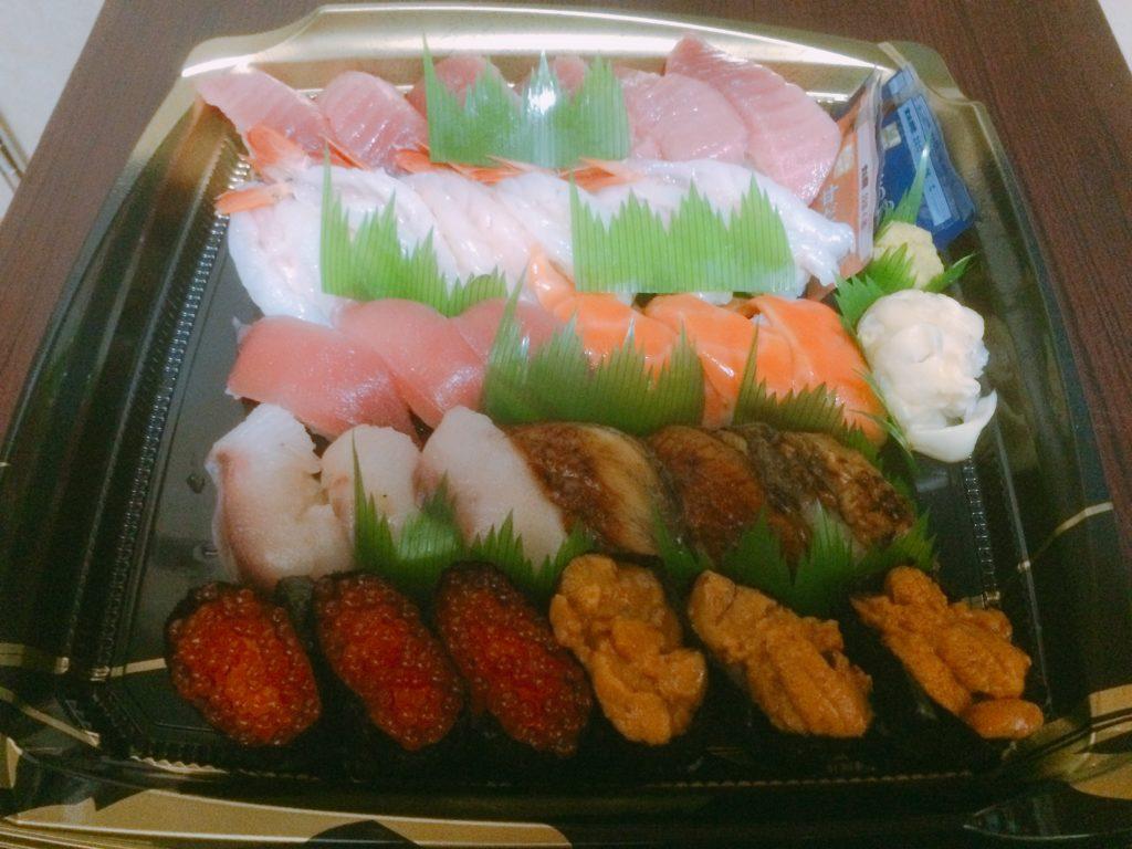 くら寿司のお持ち帰り『プレミアムセット』を注文してみました!