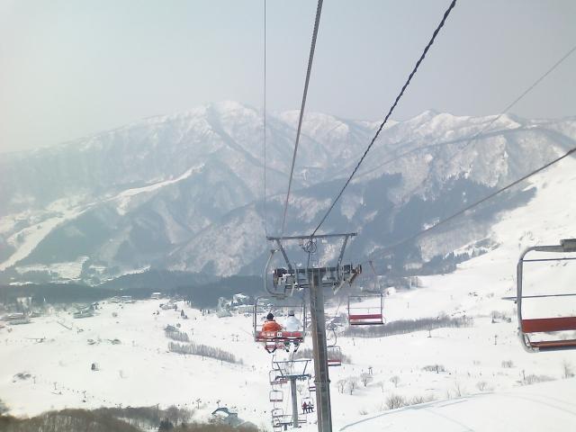 スキー場のリフトが怖い!リフトから落ちた人たちの体験談をまとめてみたよ